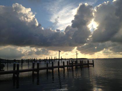 Floridai nyár – móló, felhök, dráma